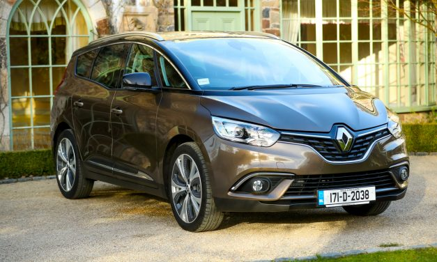 RENAULT GRAND SCENIC (7 SEATER)