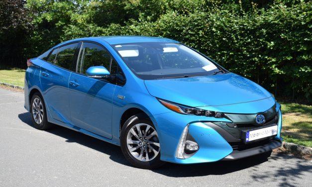 New Toyota Prius Plug-In Hybrid (PHV) e-CVT