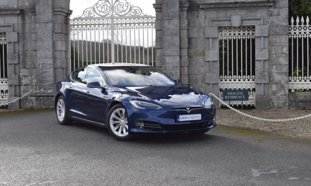 TESLA'S STUNNING 'MODEL S' 100D ON TEST.