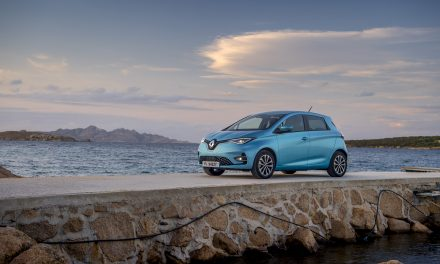 RENAULT ZOE IS NAMED 'CITY CAR OF THE YEAR' BY TOPGEAR.COM