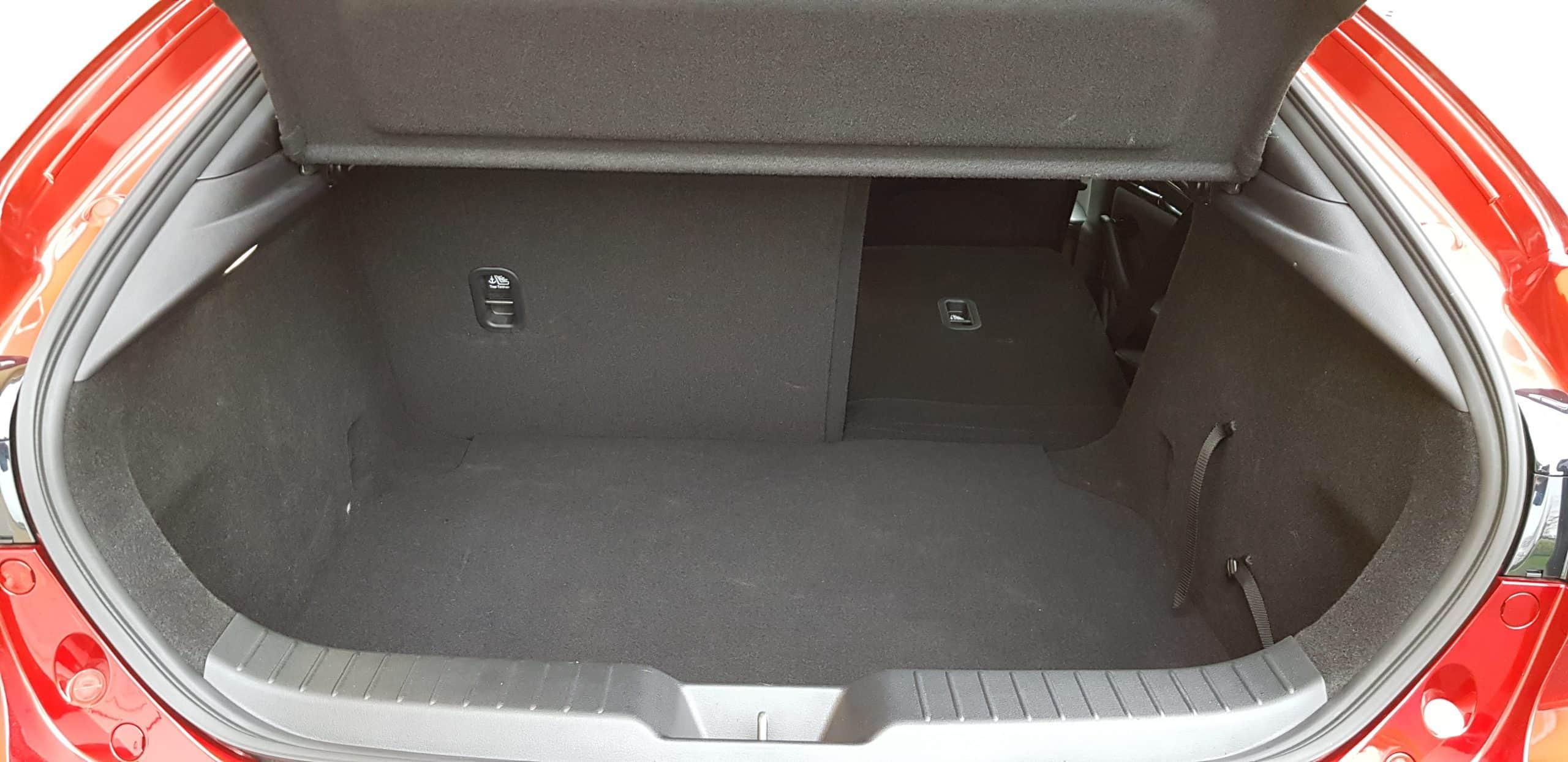 Mazda 3 X3