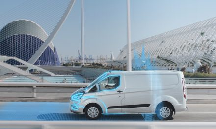 SUPPORTING CLEANER AIR FOR CITIES, SCHOOLS & PLAY AREAS – FORD INTRODUCES AUTOMATIC ELECTRIC MODE.