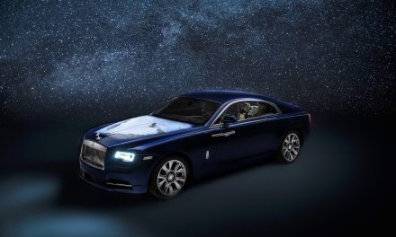 BESPOKE 'WRAITH – INSPIRED BY EARTH' TOUCHES DOWN IN ABU DHABI