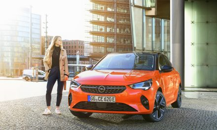 OPEL LAUNCHES ELECTRIC TAKE CHARGE OFFER, AN IRISH MOTOR INDUSTRY FIRST.
