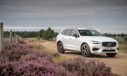 VOLVO CARS SUCCESSFULLY PLACES FIRST GREEN BOND AND RAISES EUR 500M.