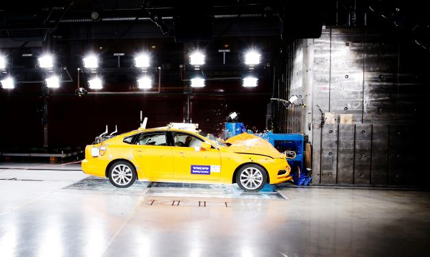 Two decades in the service of saving lives: Volvo Cars Safety Centre celebrates 20 years
