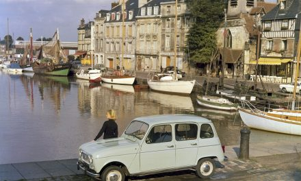 RENAULT CELEBRATES 60 YEARS OF THE WORLD-RENOWNED 4L.