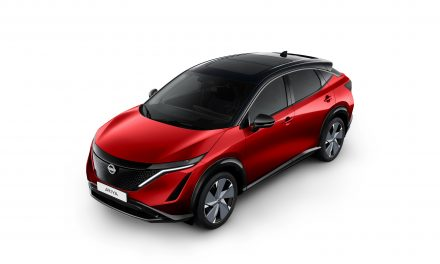 Nissan unveils the colours designed for the new electric age with Ariya's paint palette.