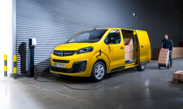 ALL-ELECTRIC OPEL VIVARO-E, INTERNATIONAL VAN OF THE YEAR 2021, ARRIVES IN IRELAND.