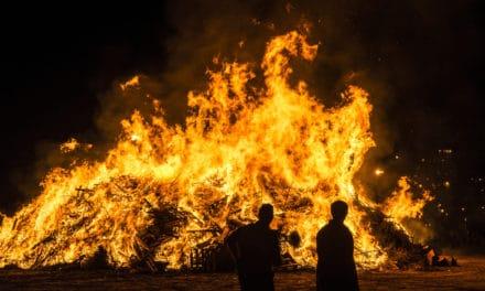 This COP26 Hallowe'en, Don't Burn Tyres on Bonfires.